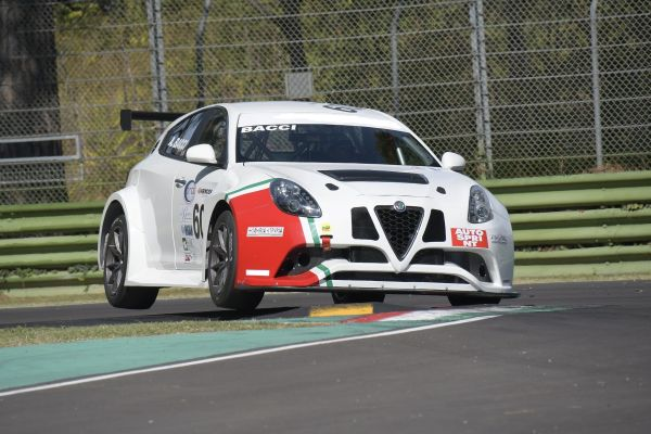 Italian team Bacci will join the TC Open series with two Alfa Romeo Giulietta Veloce cars